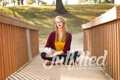 Cherith Fall Senior Session (24)