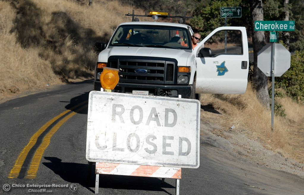 . Cherokee Road is closed due to fire Monday Oct. 9, 2017. (Bill Husa -- Enterprise-Record)