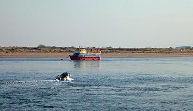 Launch & Tour Boat