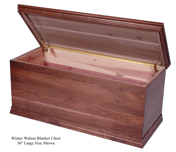Cedar blanket chest, Winter Walnut, open