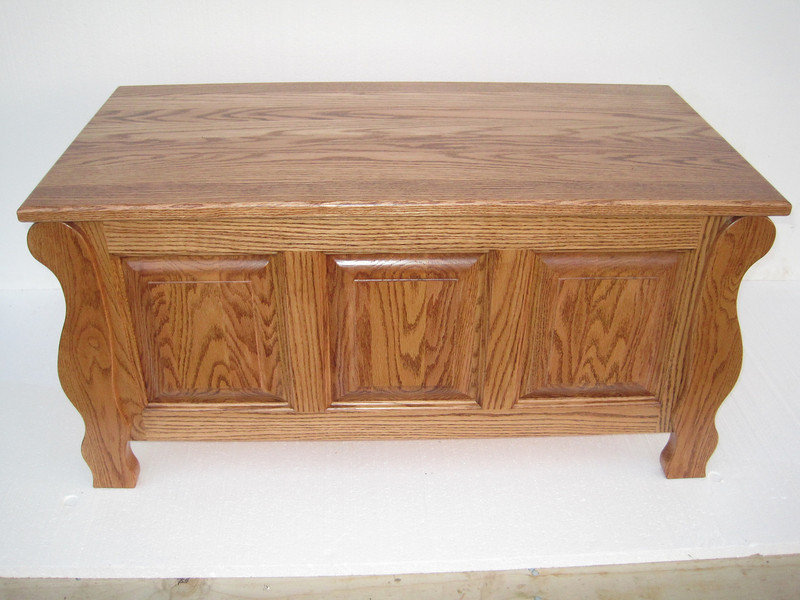 "Sleigh Chest 36"" - Medium Oak"