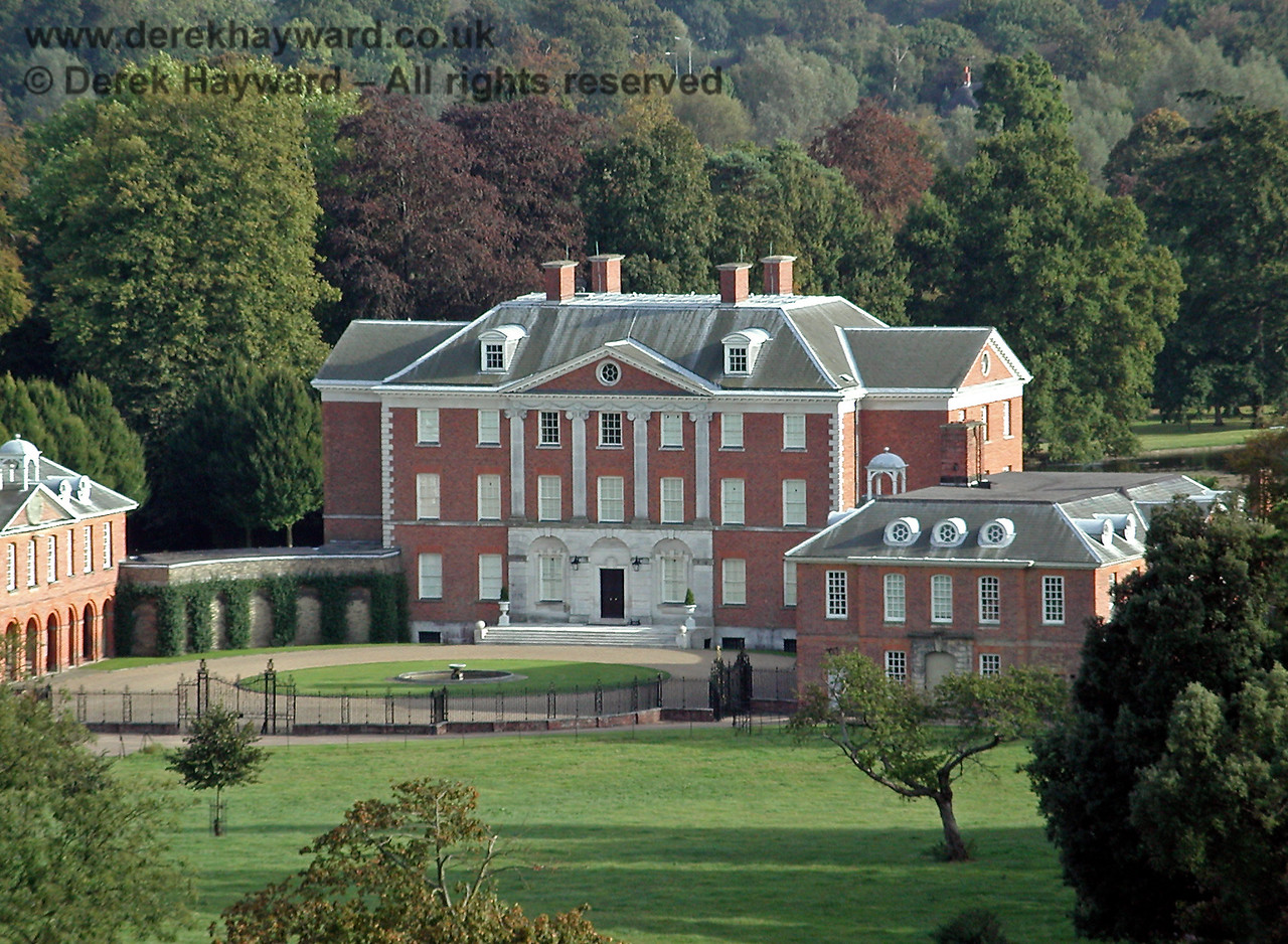 Chevening House, looking south.  04.10.2002