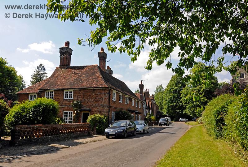 Chevening Estate Cottages.  19.06.2015  12907