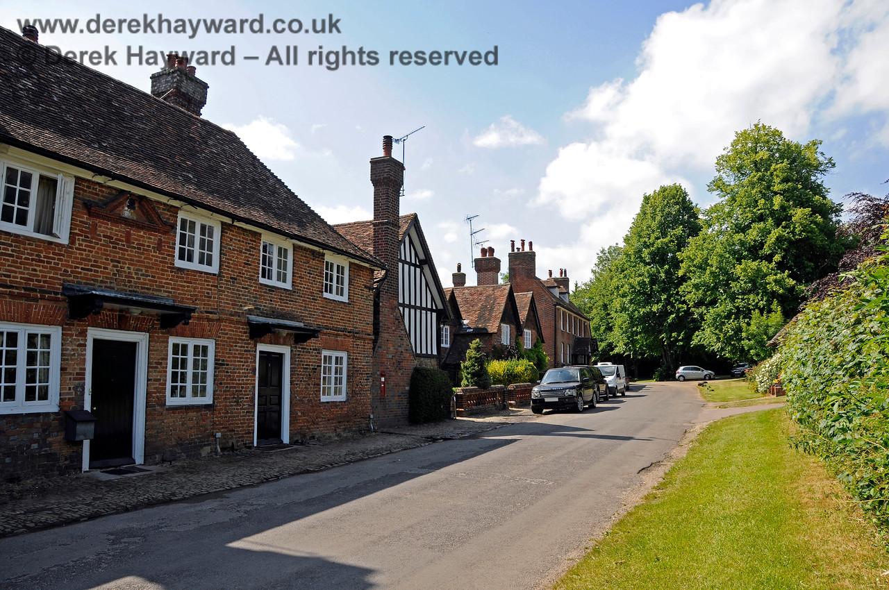 Chevening Estate Cottages.  19.06.2015  12908