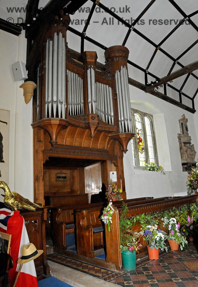 The organ, St Botolphs Church, Chevening.  19.06.2015  12801