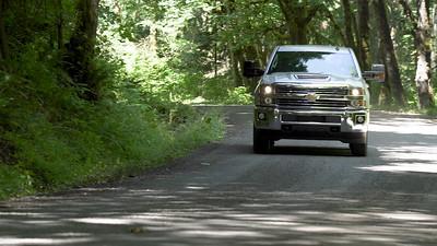 2017 Chevrolet Silverado 2500 LT DBL CAB Driving Reel