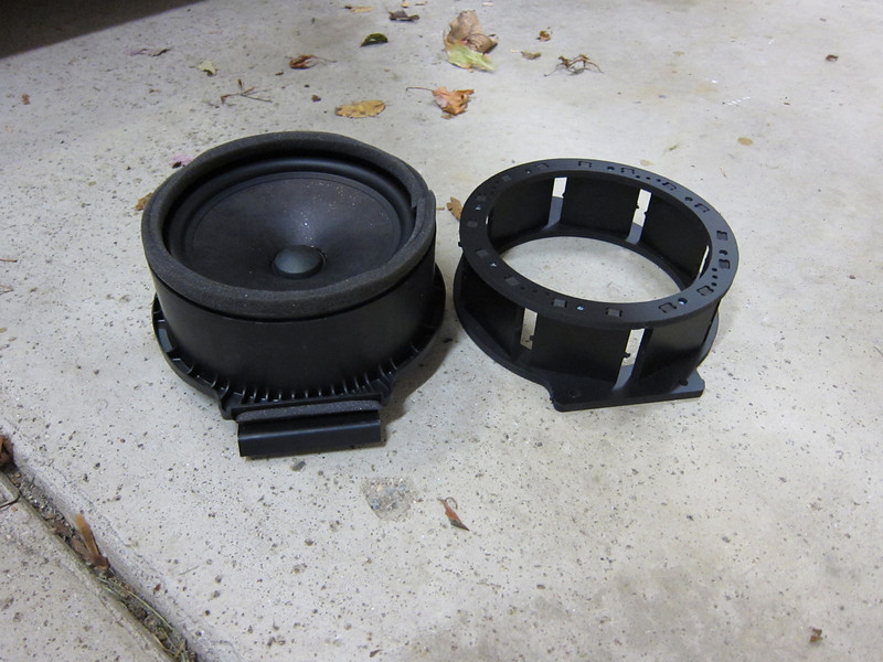 """OEM speaker compared to speaker adapter from   <a href=""""http://www.car-speaker-adapters.com/items.php?id=SAK075""""> Car-Speaker-Adapters.com</a>"""