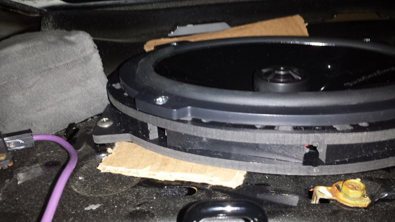 "Aftermarket speaker and speaker adapter   from  <a href=""http://www.car-speaker-adapters.com/items.php?id=SAK067""> Car-Speaker-Adapters.com</a>    installed in rear deck"