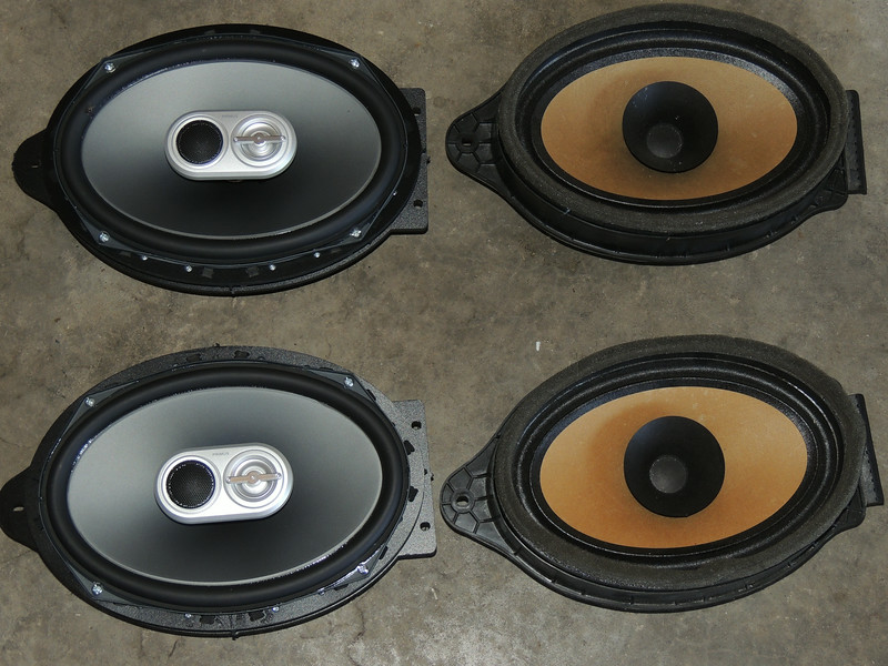 "Comparison: <br> Left: Aftermarket speaker mounted to speaker ring   from  <a href=""http://www.car-speaker-adapters.com/items.php?id=SAK067""> Car-Speaker-Adapters.com</a>  <br> Right: Factory speaker"