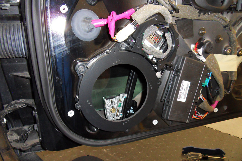 "Speaker adapters from  <a href=""http://www.car-speaker-adapters.com"">http://www.car-speaker-adapters.com</a> mounted in door."