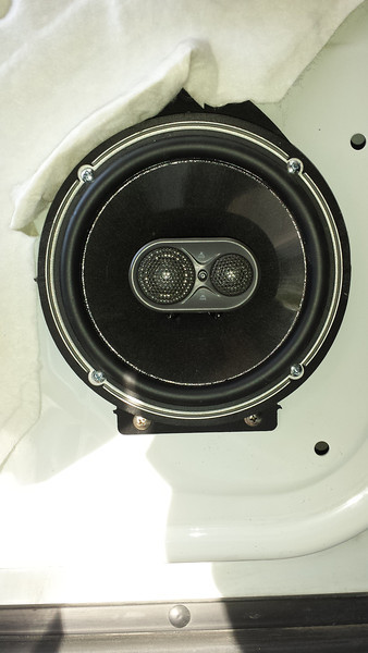 """Aftermarket speaker and speaker adapter from    <a href=""""http://www.car-speaker-adapters.com/items.php?id=SAK062""""> Car-Speaker-Adapters.com</a>   installed on door"""