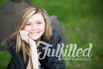 Cheyanne Stevens Cap and Gown Session (26)