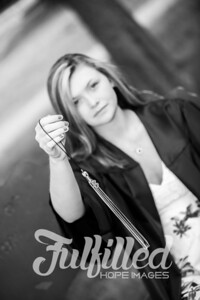 Cheyanne Stevens Cap and Gown Session (31)