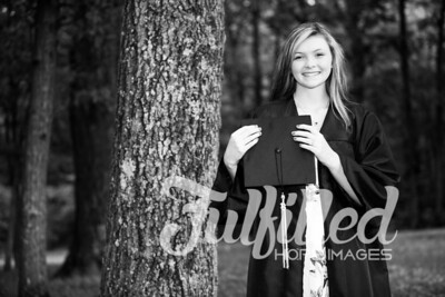 Cheyanne Stevens Cap and Gown Session (46)
