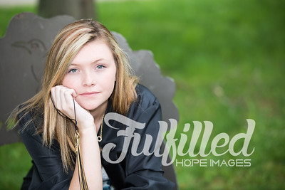Cheyanne Stevens Cap and Gown Session (28)