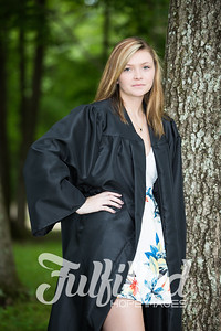 Cheyanne Stevens Cap and Gown Session (36)