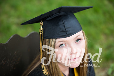 Cheyanne Stevens Cap and Gown Session (23)