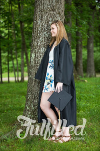 Cheyanne Stevens Cap and Gown Session (40)