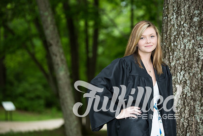 Cheyanne Stevens Cap and Gown Session (38)