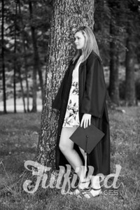Cheyanne Stevens Cap and Gown Session (39)