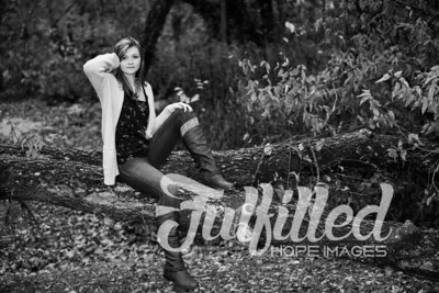 Cheyanne Stevens Fall Senior Session (48)