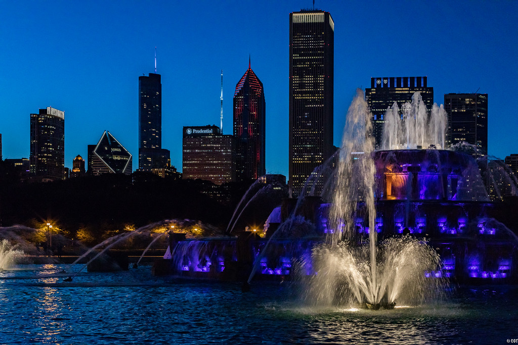 IMAGE: https://photos.smugmug.com/ChiTown/Chicagoing/i-Cds8J8b/0/6d2d81a1/XL/386%20mkiv%20edit-XL.jpg