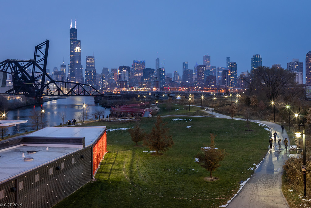 IMAGE: https://photos.smugmug.com/ChiTown/Chicagoing/i-m8bTMcX/0/ff063a2b/XL/5194%20edit-XL.jpg