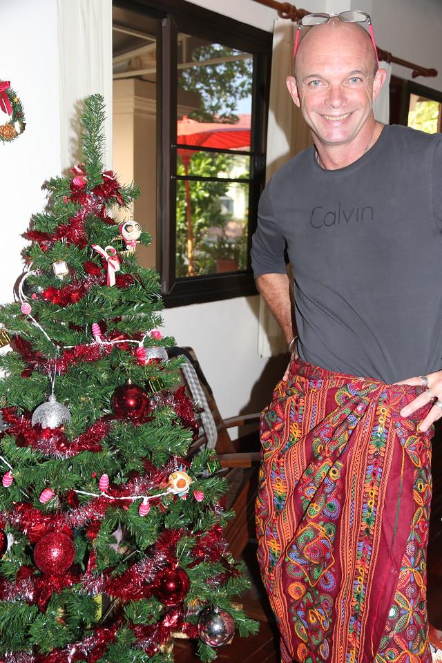 Indian sarong