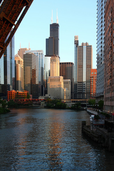 The Willis Tower (formerly Sears), as viewed from the Kinzie Street bridge.