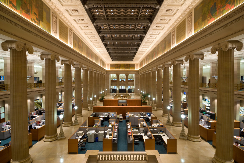 Interior of the Bank of America building on LaSalle Street.