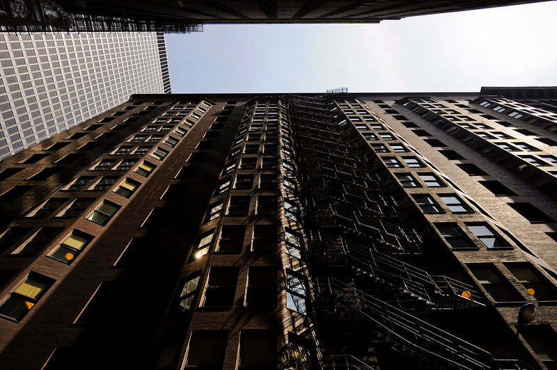 The Monadnock building is a historic proto-skyscraper and is considered the world's first skyscraper