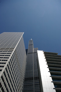 Just Look Up ... the Magic Architecture of Chicago