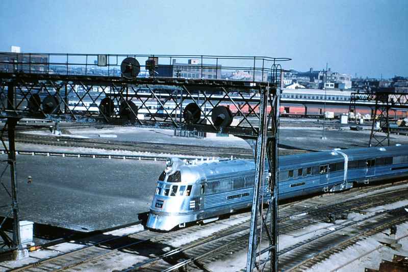 CB&Q 95 - 1953 - 'Mark Train' Zephyr leaving St Louis MO