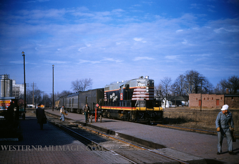 CB&Q 10 - Dec 29 1955 - loco 222 on No 48 @ Beardstown ILL - by Jim Ozment