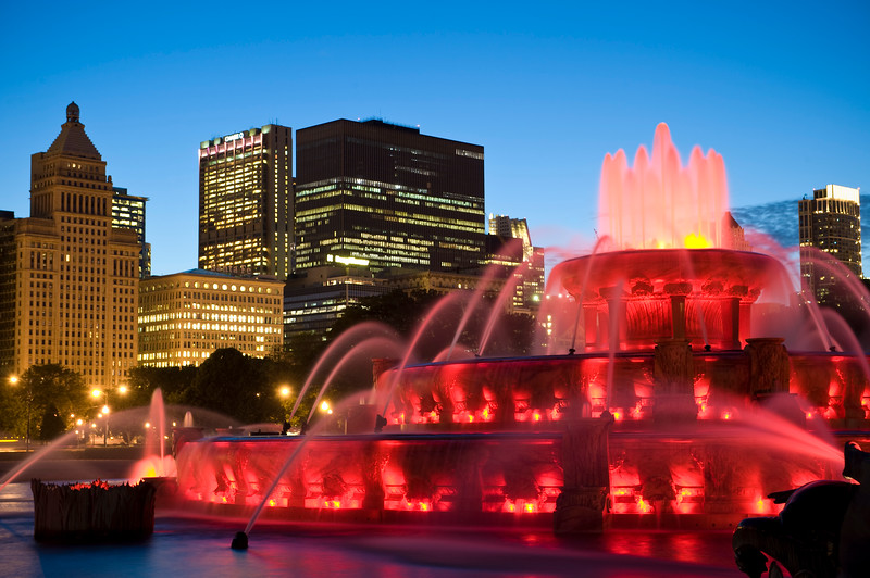 Buckingham Fountain, located in Grant Park, looking west.