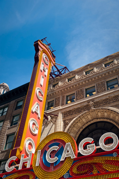 The Chicago Theatre marquee sign.