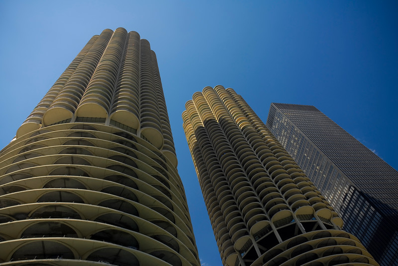 Situated on the north side of Chicago River, Marina City towers are distinguished by their unique design.