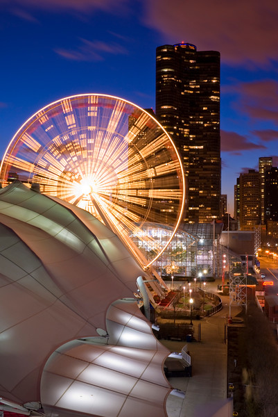 Navy Pier ferris wheel at dusk