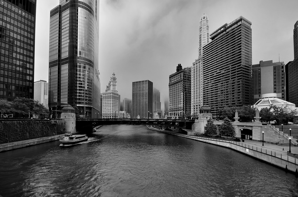 Black and White view of downtown Chicago and Chicago River