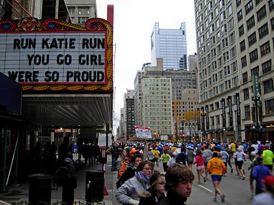 Prime cheering space: the Chicago Theater.