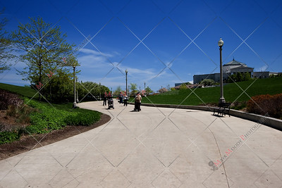 Path leading towards Chicago's Museum Campus