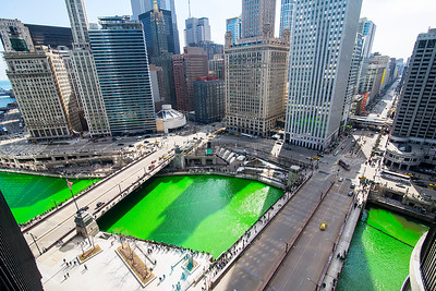 Happy #StPatricksDay #Chicago