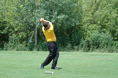 Roe Conn of WLS Radio blasts another 300 yard drive with uncanny accuracy!