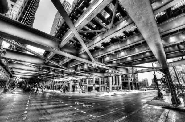 Under the El in Chicago (BW)