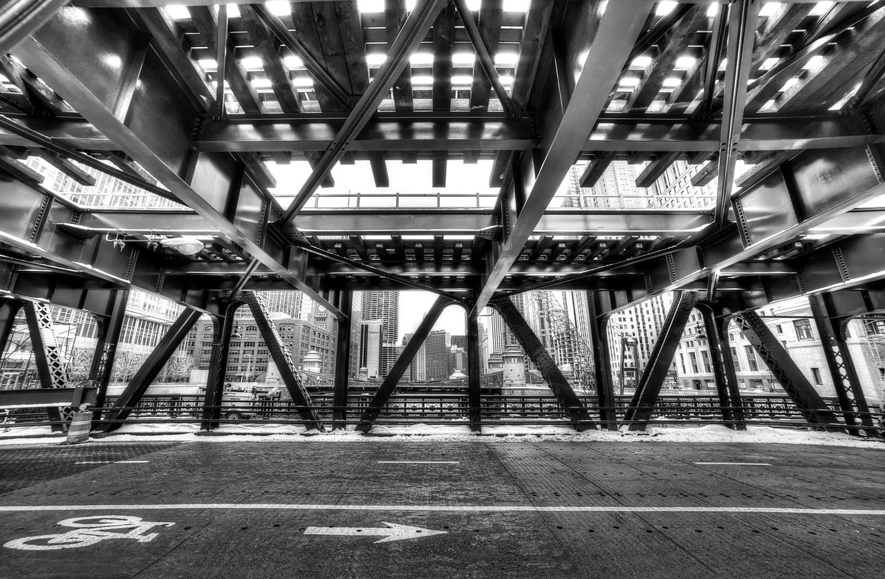 Under the Tracks on Wells