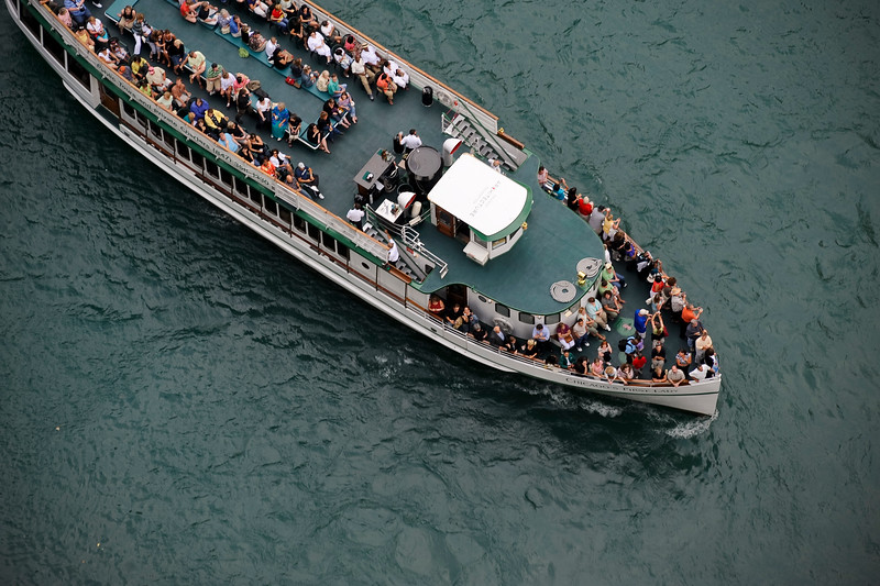 Over head view of tour boat on the Chicago River