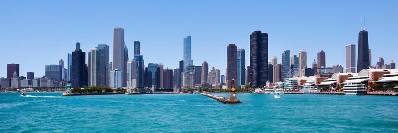 Chicago skyline and Navy Pier