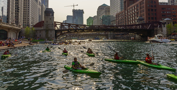 Chicago River Canoes