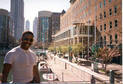 1999-5-1 02 Me at Navy Pier