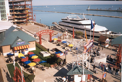 1999-5-1 06  Navy Pier